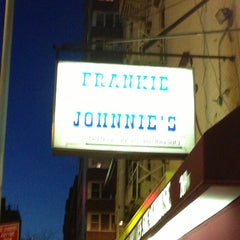 Photo taken at Frankie and Johnnie's Steakhouse by Americo G. on 2/27/2013