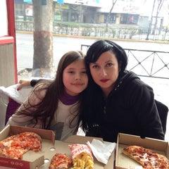 Photo taken at Telepizza by Natalia R. on 8/10/2014