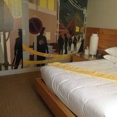 Photo taken at Hotel Tomo! by Alexa C. on 8/3/2013