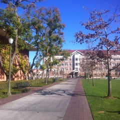 Photo taken at McCarthy Quad by ROSSİ BARBAROSSA ASMALİMESCİT T. on 1/18/2013