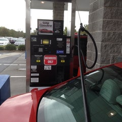 Photo taken at Costco Gasoline by SooFab on 10/13/2014