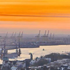 Photo taken at Hamburg by Kazim A. on 1/30/2013