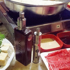 Photo taken at Tokyo Shabu Shabu by ROYbot on 9/17/2014