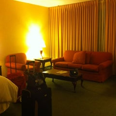 Photo taken at Sheraton St. Louis City Center Hotel & Suites by Лена П. on 9/25/2012