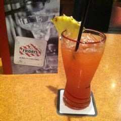 Photo taken at TGI Fridays by Arleatha G. on 11/30/2012