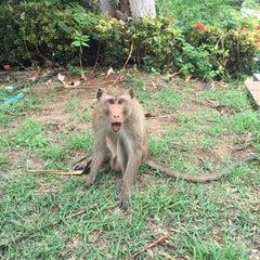 Photo taken at วัดเขาสมโภชน์ by ms.janeny on 8/27/2015