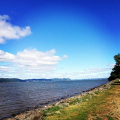 Photo taken at Dobbs Ferry Waterfront Park by Alexandra S. on 9/14/2013