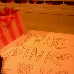 Photo taken at Victoria's Secret PINK by Handfull on 10/13/2012