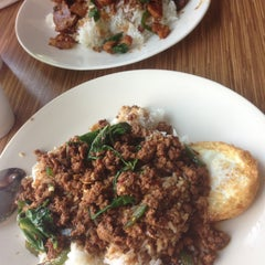 Photo taken at Boon Chu Thai Restaurant by Pricilla W. on 6/2/2013