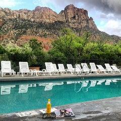 Photo taken at Best Western Zion Park Inn by Missfashion75 on 9/11/2013