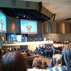Photo taken at Vineyard Columbus by Maggie L. on 12/9/2012
