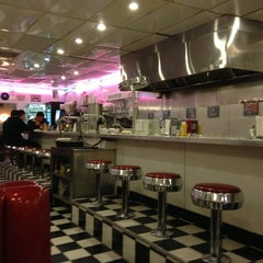 Photo taken at Lori's Diner by Haluska A. on 1/13/2013