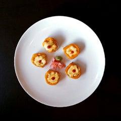 Photo taken at Dib Sushi Bar & Thai Cuisine by Mitzi L. on 5/19/2013