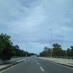 Photo taken at Jambatan Kuala Penyu by Fir€L¥nx on 12/13/2013