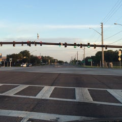 Photo taken at Tyrone Blvd & 66th Street N by TEC I. on 10/10/2015