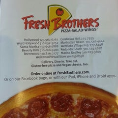 Photo taken at Fresh Brothers by Mae W. on 9/30/2013