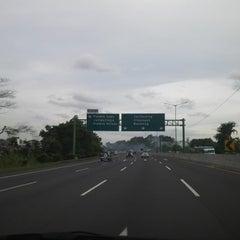 Photo taken at Jalan Tol Jakarta - Cikampek by Bambang G. on 1/8/2015