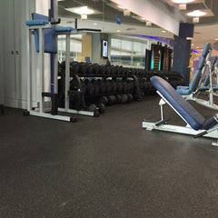Photo taken at Fitness First by Hadi G. on 3/21/2015