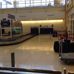 Photo taken at DCA Baggage Claim by Emilie A. on 4/16/2014