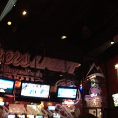Photo taken at Buffalo Wild Wings by Michael V. on 2/8/2013