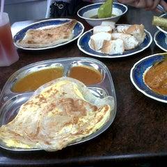 Photo taken at Restoran Mahbub by MssRose Z. on 3/12/2013