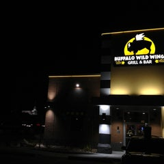 Photo taken at Buffalo Wild Wings by Nick N. on 11/25/2012