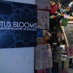 Photo taken at Lotus Blooms by J. Aron H. on 8/30/2013