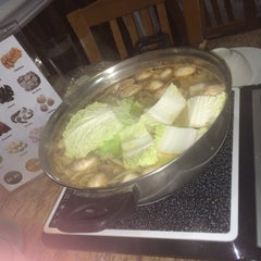 Photo taken at Hot Pot Heaven by Belle G. on 12/13/2014