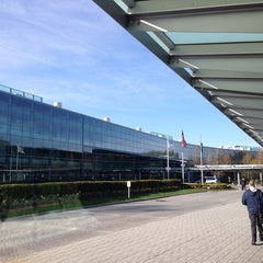 Photo taken at SAP America (NSQ) by Gia N. on 4/28/2014
