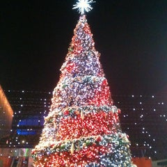 Photo taken at Universal CityWalk by Ben T. on 11/23/2012