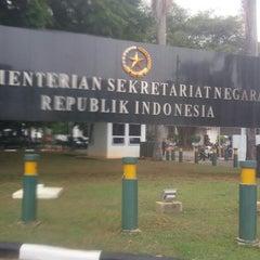 Photo taken at Kementerian Sekretariat Negara RI by Novita T. on 10/30/2014
