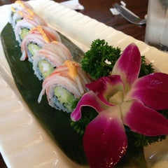 Photo taken at Sakura Japanese Restaurant by Twee on 2/26/2013