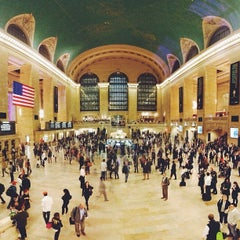 Photo taken at Grand Central Terminal by Jessey W. on 10/10/2013