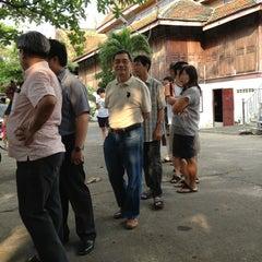 Photo taken at วัดนครป่าหมาก (Wat Nakorn Pa Mak) by Kalayanee D. on 3/3/2013