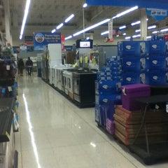 Photo taken at Walmart by ohhrafa .. on 8/28/2012