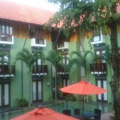 Photo taken at HARRIS Hotel Tuban Bali by Andreas 'atenx' B. on 7/8/2014