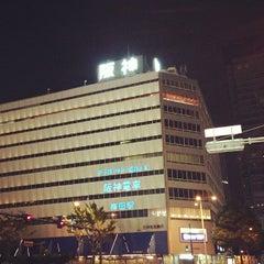Photo taken at 阪神百貨店 梅田本店 by jun 8. on 10/13/2012