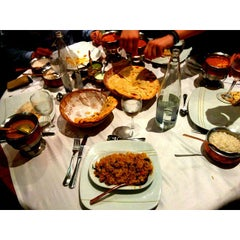 Photo taken at Indian Restaurant Shanti by Josep A. on 10/3/2014