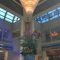 Photo taken at Hilton Los Angeles/Universal City by ✨Vasilina W. on 1/7/2013