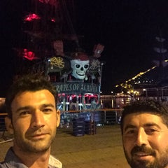Photo taken at Pirates of Alanya by Cemil B. on 8/13/2015