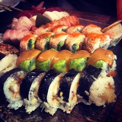 Photo taken at Sushi Palace by Bob B. on 8/15/2013