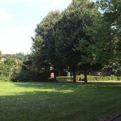 Photo taken at Stadspark De Karthuis by Tijmen on 7/26/2014