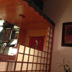 Photo taken at Lemon Grass Thai Cuisine & Sushi Bar by Leslie S. on 3/1/2014