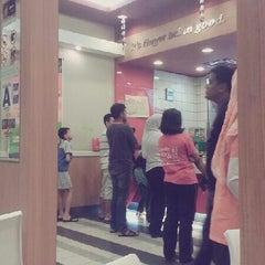 Photo taken at KFC by Meya A. on 4/14/2013