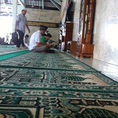 Photo taken at Masjid Agung Sudirman by Alvaradar Erlangga G. on 8/22/2014