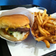 Photo taken at Blue 9 Burger by Zeb H. on 1/16/2013