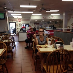 Photo taken at Texas Burger by Olga K. on 8/28/2014