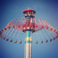 Photo taken at Windseeker by Nathaniel P. on 7/20/2013