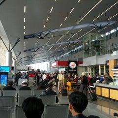 Photo taken at Da Nang International Airport (DAD) Sân bay Quốc tế Đà Nẵng by Mak T. on 1/13/2013