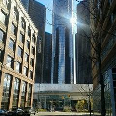 Photo taken at Detroit Marriott at the Renaissance Center by Elmer W. on 11/3/2012
